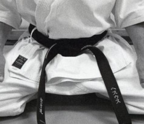 Карате ни учи на самоусъвършенстване и самозащита